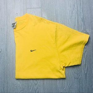 Nike essential yellow check tshirt